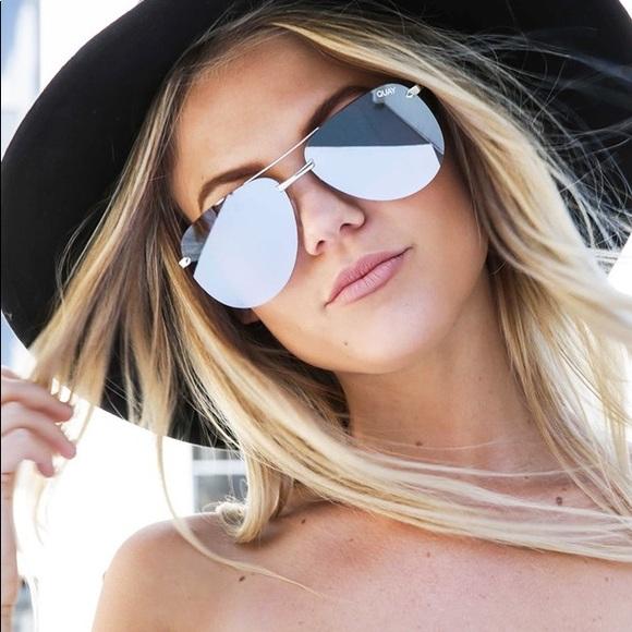 "9d53532c6b Quay Sunglasses Silver ""the playa"""